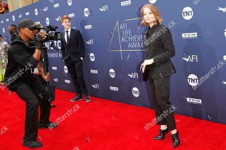 Jodie Foster and her son Charles arrive for the 47th AFI Life Achievement Award honoring Denzel Washington at the Dolby Theatre in Hollywood, Los Angeles, California, USA 06 June 2019. The AFI Life Achievement Award is the highest honor given for a career in film.
