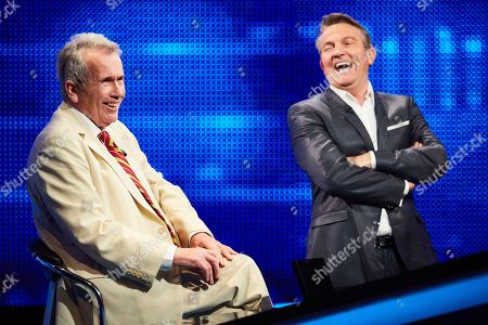 Martin Bell with host Bradley Walsh facing The Chaser.