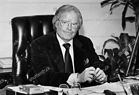 ROONE ARLEDGE, President of ABC News & Sports, 11/23/81.