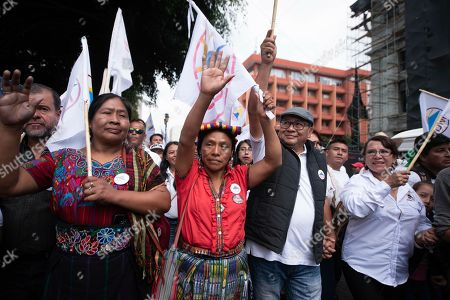 Guatemala: Candidata indígena a la presidencia recorre el país en caravana