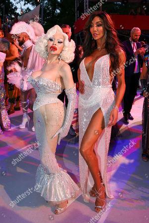 Amanda LePore and Yasmine Petty