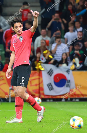 South Korea's Oh Se-hun gives a thumbs-up after scoring during the Under-20 World Cup quarterfinal shootout between South Korean and Senegal at Bielsko-Biala Stadium in Bielsko-Biala, Poland, 08 June 2019.