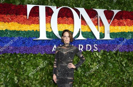 Leslie Kritzer arrives at the 73rd annual Tony Awards at Radio City Music Hall, in New York