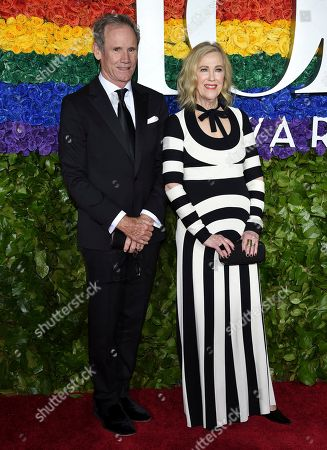 Bo Welch, Catherine O'Hara. Bo Welch, left, and Catherine O'Hara arrives at the 73rd annual Tony Awards at Radio City Music Hall, in New York