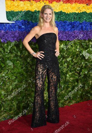 Kelli O'Hara arrives at the 73rd annual Tony Awards at Radio City Music Hall, in New York