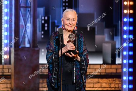 "Rosemary Harris accepts the ""Lifetime Achievement award ""at the 73rd annual Tony Awards at Radio City Music Hall, in New York"