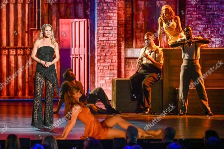 "Kelli O'Hara, left, and the cast of ""Kiss Me, Kate"" perform at the 73rd annual Tony Awards at Radio City Music Hall, in New York"