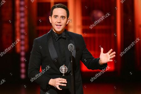 """Santino Fontana accepts the award for best performance by an actor in a leading role in a musical for """"Tootsie"""" at the 73rd annual Tony Awards at Radio City Music Hall, in New York"""