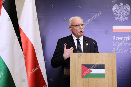 Foreign Affairs Minister of the Palestinian National Authority Riyad al-Maliki attends a press conference with Polish Foreign Minister Jacek Czaputowicz after their meeting in Warsaw, Poland, 10 June 2019.