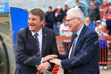 Hull KR new head coach Tony Smith prior to kick off