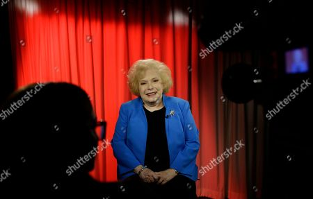 """Stock Photo of SLUG. Associated Press retired Special Correspondent Linda Deutsch is interviewed in Los Angeles. She covered all of Simpson's legal cases during her 48-year career as a Los Angeles-based trial reporter. She offered her insight and reflection on what has been called """"The trial of the Century"""