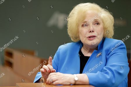 """SLUG. Associated Press retired Special Correspondent Linda Deutsch poses for a photo in Los Angeles. She covered all of Simpson's legal cases during her 48-year career as a Los Angeles-based trial reporter. She offered her insight and reflection on what has been called """"The trial of the Century"""