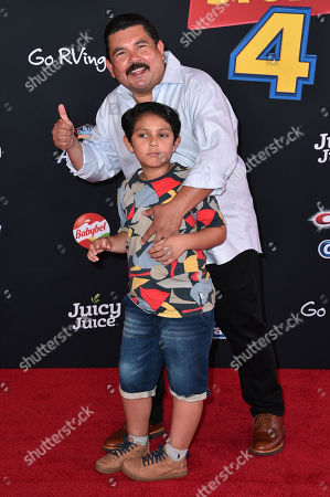 Guillermo Rodriguez and family