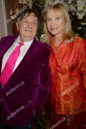 Barry Humphries and wife Lizzie Spender