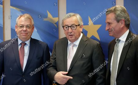 (L-R) Klaus-Heiner Lehne, the President of the European Court of Auditors (ECA), European Commission President Jean-Claude Juncker and EU Budget Commissioner Gunther Oettinger during a visit at the European Commission in Brussels, Belgium, 12 June 2019.