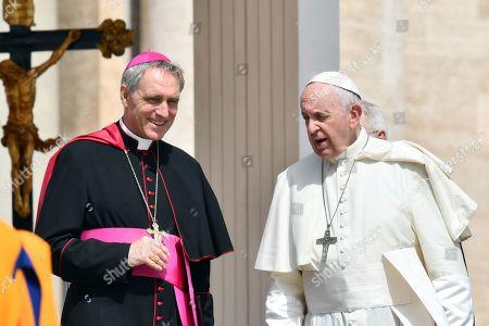 Pope Francis, Georg Ganswein