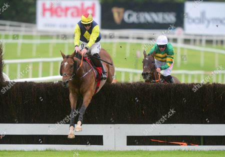 Punchestown COUNT SIMON & Jack Kennedy win the Ladbrokes Beginners Steeplechase from THE BIG LENSE & Davy Russell.