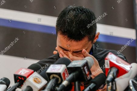 Malaysian badminton player Lee Chong Wei cries during a press conference in Putrajaya, Malaysia, 13 June 2019. Former world number one player Lee Chong Wei, 36, announced his retirement from the game due to being diagnosed with cancer.