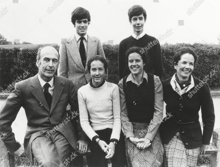 Presidents Valery Giscard dEstaing with his family. Seated L-R: Giscard, Jacinte,Valérie-Anne, Anne-Aymone Giscard dEstaing. Standing: Henri, Louis. Ca. 1976.