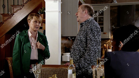 Ep 9804 Monday 24th June 2019 - 2nd Ep With the wine tasting in full swing, Cathy and Yasmeen Nazir lose track of time. As they knock back glass after glass, Yasmeen fails to spot the series of irritable texts from Geoff Metcalfe, as played by Ian Bartholomew. When she arrives back late for the dinner party she fails not notice how annoyed Geoff is. Geoff makes light of her poor time-keeping but it's clear he's very annoyed. With Sally Metcalfe, as played by Sally Dynevor, gone, Geoff tears a strip off Yasmeen and heads to the spare room.
