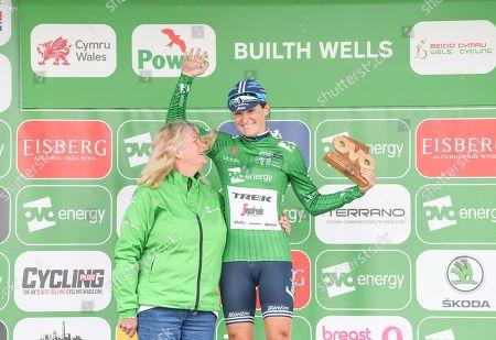 Trek Segafredo's Lizzie Deignan on the podium takes the win at Stage 5 of the Women's Tour of Britain.
