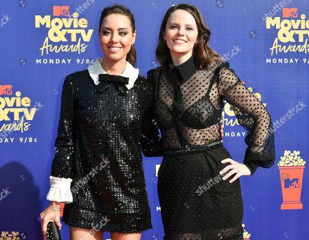 Aubrey Plaza and Sarah Ramos