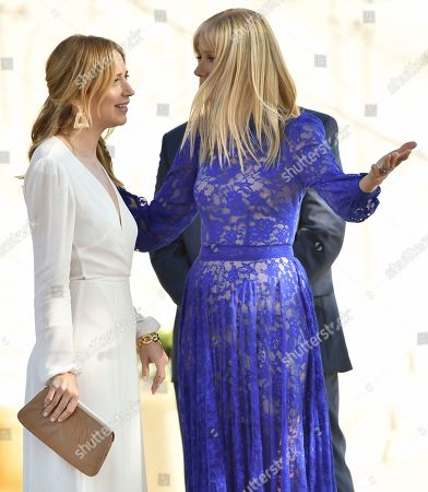 Stock Picture of Beth Riesgraf and Joely Richardson