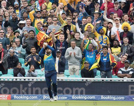 Milinda Siriwardana (Sri Lanka) catches Shaun Marsh (Australia) on the deep mid wicket boundary during Sri Lanka vs Australia, ICC World Cup Cricket at Kennington Oval, Surrey, SE11 5SS, on 15th June 2019
