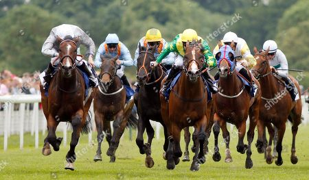 RECON MISSION (right, Robert Winston) beats VICTORY DAY (left) in The Pavers Foundation Catherine Memorial Sprint Handicap York