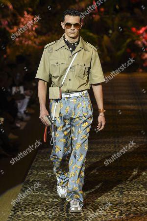 4b7505b02761 Dolce Gabbana show Runway Milan Fashion Week Stock Photos (Exclusive ...