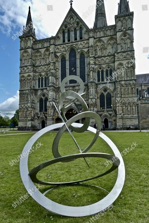 'Beyond' exhibition by Diane Maclean, Salisbury Cathedral