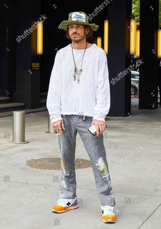 Giotto Calendoli out and about, Milan