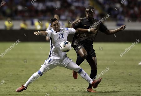 Francisco Flores (L) of Nicaragua in action against Joel Campbell (R) of Costa Rica during the CONCACAF Gold Cup group stage soccer match between Nicaragua and Costa Rica at the National Stadium in San Jose, Costa Rica, 16 June 2019.