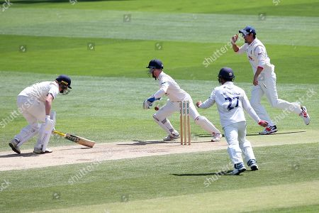 Adam Wheater of Essex effect the stumping of Sam Northeast from the bowling of Simon Harmer