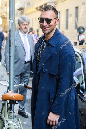 Ian Thorpe on his way to the Giorgio Armani fashion show