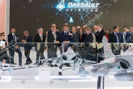 Laurent Dassault, Olivier Dassault, Emmanuel Macron, Eric Trappier, Florence Parly and Charles Edelstenne.