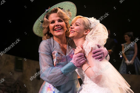 Renee Fleming (Margaret Johnson) and Dove Cameron (Clara Johnson) during the curtain call