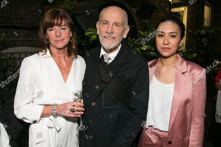 Stock Picture of Doon Mackichan (Sondra), John Malkovich (Barney Fein) and Ioanna Kimbrook (Yung Kim Li)