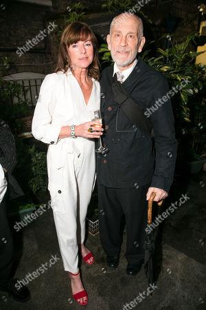 Stock Photo of Doon Mackichan (Sondra) and John Malkovich (Barney Fein)