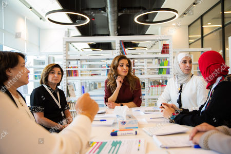 Queen Rania visits the Queen Rania Teachers Academy, Amman