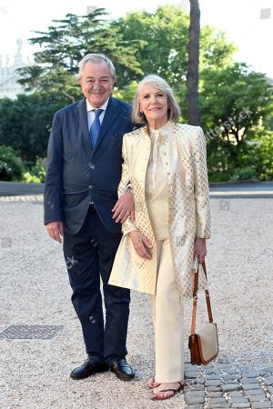 Remo Girone with wife Victoria Zinny
