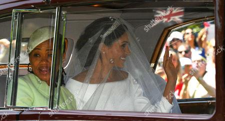 Prince Harry & Meghan Markle Royal Wedding Day At Windsor Castle Berkshire - Bride Megan Markle Arrives At The Long Walk With Her Mother Doria Ragland.