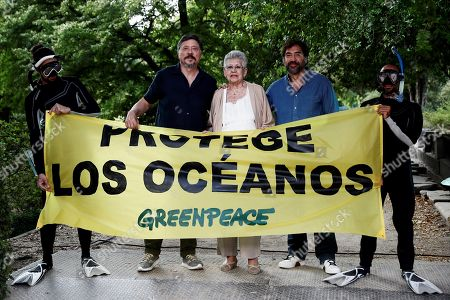 Spanish actress Pilar Bardem (C) and her sons and actors Javier Bardem (R) and Carlos Bardem (L) take part in Greenpeace campaign on protection oceans in Madrid, Spain, 20 June 2019.