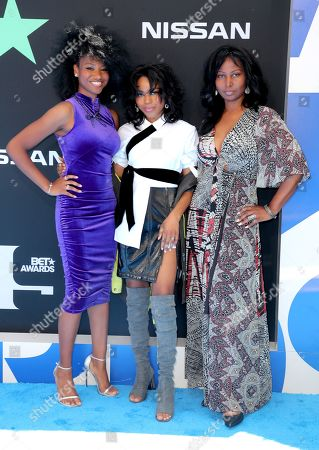 Stock Photo of Reiya Downs, Riele Downs, and Elle Downs