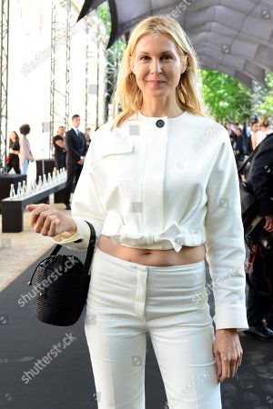 US actress Kelly Rutherford arrives for the show of Berluti during the Paris Fashion Week, in Paris, France, 21 June 2019. The presentation of the Spring/Summer 2020 menswear collections runs from 18 to 23 June.