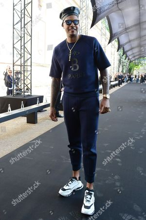 US basketball player Carmelo Anthony arrives for the show of Berluti during the Paris Fashion Week, in Paris, France, 21 June 2019. The presentation of the Spring/Summer 2020 menswear collections runs from 18 to 23 June.