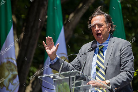Former U.N. Ambassador and New Mexico Gov. Bill Richardson, speaks to activists gathered at the State Department before a march to the White House to call for regime change in Iran, in Washington