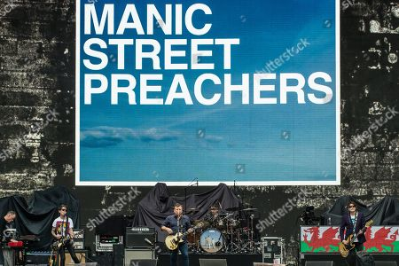 Manic Street Preachers - James Dean Bradfield, Nicky Wire
