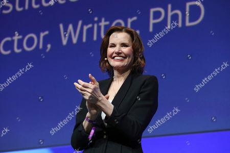Geena Davis speaks at the AT&T's SHAPE: 'The Scully Effect is Real' panel with Geena Davis and Mayim Bialik on in Burbank, Calif