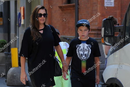 Alena Seredova with her children Louis Thomas of 11 and David Lee of 9 to go shopping.